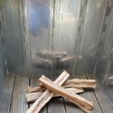 焚き火の風よけ【キャンプグリーブ】リフレクター・風から焚き火を守る唯一の手段